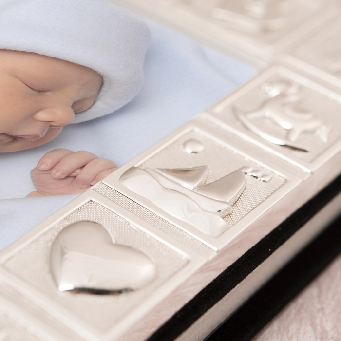 album-foto-pentru-bebelus-placat-argint-juliana-cadouri-bucuresti (2)