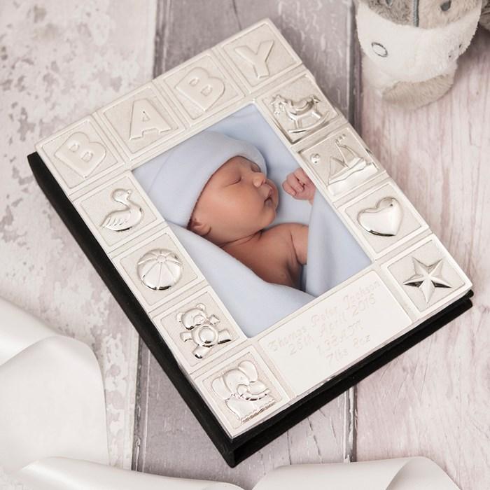 album-foto-pentru-bebelus-placat-argint-juliana-cadouri-bucuresti